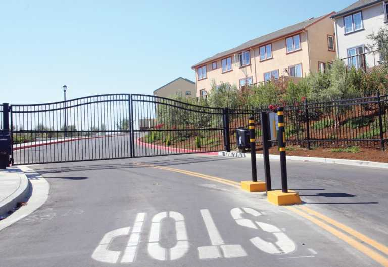 'We can't build more walls': Planning Commission shoots down gated communities